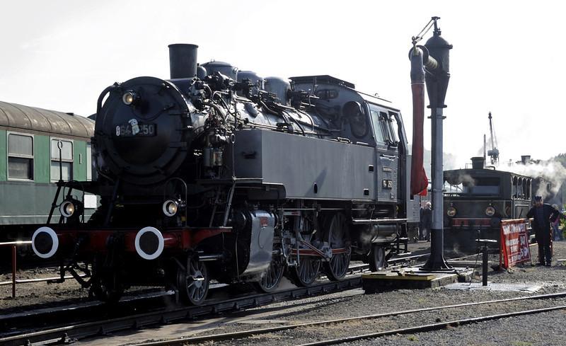 64 250, Mariembourg, Sat 24 September 2011 1.  Built by Henschel in 1933