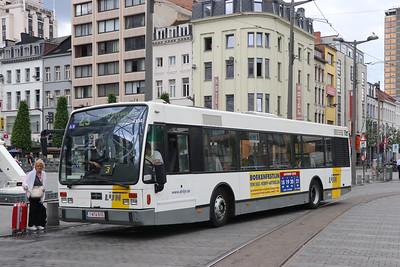 De Lijn 4104 Koningin Astridplein Antwerp 2 Jun 17
