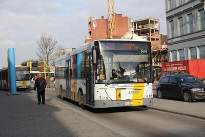 De Lijn 5005 Kortrijk Station Apr 13