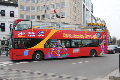 City Sightseeing Brussels 1CNR763 Avenue Loiuse Brussels Apr 13
