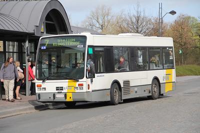 De Lijn 4128 Stationsplein Bruges 1 Apr 13