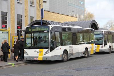 De Lijn 4253 Stationsplein Bruges Apr 13