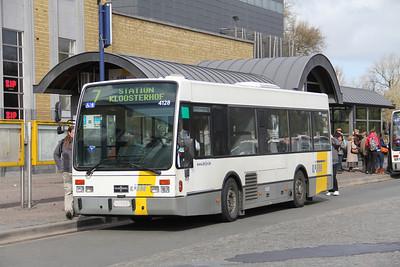 De Lijn 4128 Stationsplein Bruges 2 Apr 13