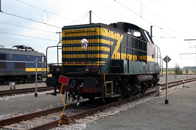 8250 at Antwerp Nord Depot on 20th August 2006
