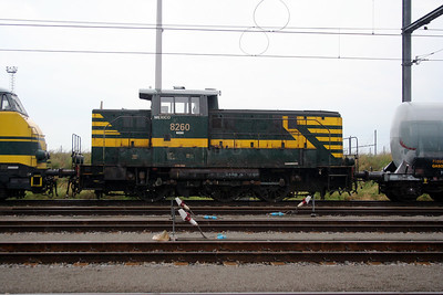 8260 at Antwerp Nord Depot on 20th August 2006