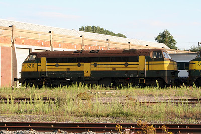 5211 at Stockem Depot on 4th August 2005