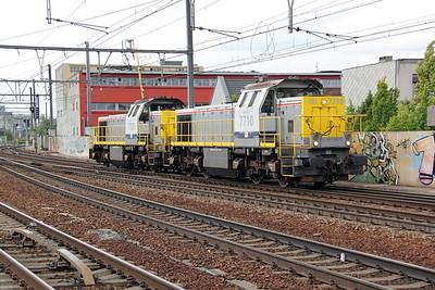 7710 (uic 92 88 0077 010-1 B-B) at Antwerp Berchem on 8th July 2011