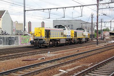 7728 (uic 92 88 0077 028-3 B-B) at Antwerp Berchem on 8th July 2011