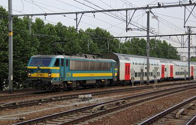 2716 at Antwerp Berchem on 11th July 2011