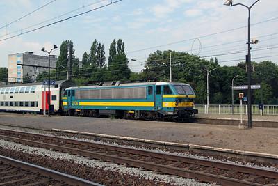 2736 at Antwerp Noorderdokken on 12th July 2011
