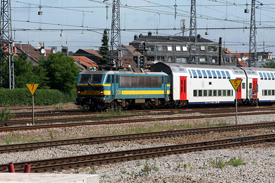 2734 at Brussels Nord on 23rd June 2008