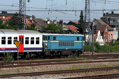 1602 at Brussels Nord on 23rd June 2008