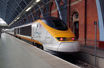 373 222 at London St. Pancras International on 8th June 2012