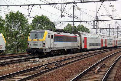 1801 (91 88 0180 010-6 B-B) at Antwerp Berchem on 11th June 2012 working IR4918