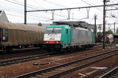 1) 2832 (91 88 7186 224-2 B-B) at Antwerp Berchem on 11th June 2012