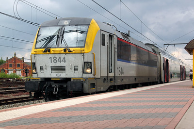 1) 1844 (91 88 0180 440-5 B-B) at Essen on 11th June 2012 working IC4536