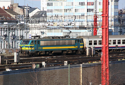 2104 at Brussel Midi on 11th November 2011 (taken from Ibis Hotel room)