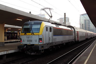 1817 at Brussel Nord on 14th November 2011