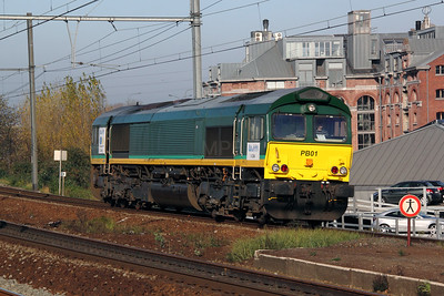 Rurtalbahn, PB01 (V264 or 92 80 1266 003-3 D-RTB) at Antwerp Dam on 14th November 2011