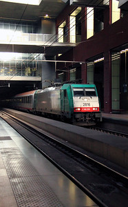 2816 at Antwerp Central on 14th November 2011