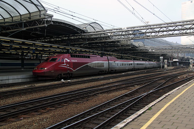 Thalys, 4538 at Brussel Midi on 13th November 2011