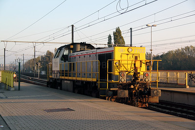 2) 7703 at Antwerp Luchtbal on 24th October 2011