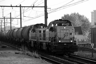 7738 & 7835 at Antwerp Oost on 24th October 2011