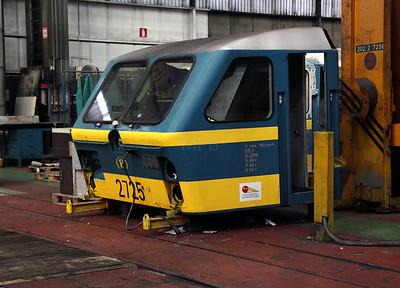 2) 2725 cab at Salzinnes Works on 22nd October 2011
