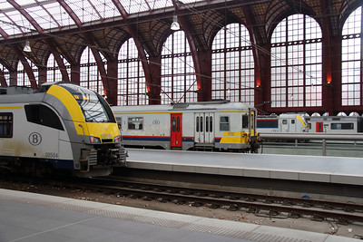 Antwerpen Central on 2nd October 2014 (2)