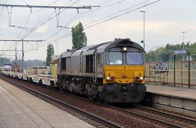 Crossrail, DE6306 (92 80 1266 101-5 D-XRAIL) at Antwerpen Luchtbal on 2nd October 2014 (2)