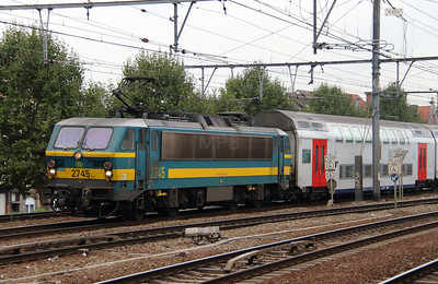 2745 (91 88 0270 450-5 B-B) at Antwerpen Berchem on 2nd October 2014