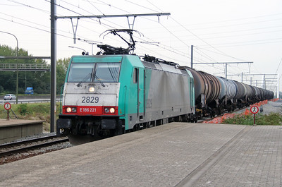 2829 (91 88 7186 221-8 B-B) at Antwerpen Luchtbal on 2nd October 2014 (2)