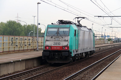 2810 (91 88 7186 202-8 B-B) at Antwerpen Luchtbal on 2nd October 2014 (3)