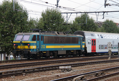 2132 (91 88 0210 320-3 B-B) at Antwerpen Berchem on 2nd October 2014