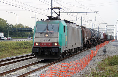 2834 (91 88 7186 226-7 B-B) at Antwerpen Luchtbal on 2nd October 2014 (3)