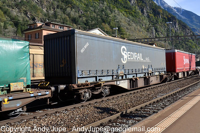S Coded (88) (Special flat wagon with bogies)