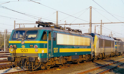 1207 at Oostende Depot on 6th April 2002