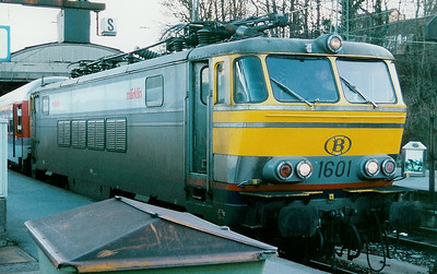 1601 at Aachen Hbf (Germany) on 1st February 1998