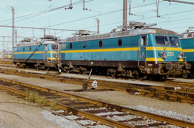 2212 at Saint Ghislain Depot on 24th August 1996