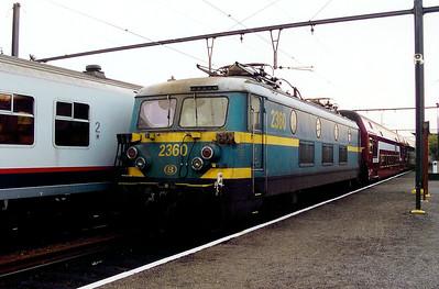 2360 at Dendermonde on 8th November 2003