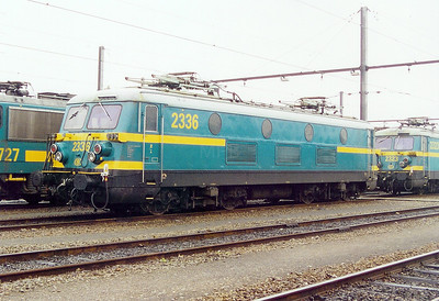 2336 at Schaarbeek Depot on 24th May 2003