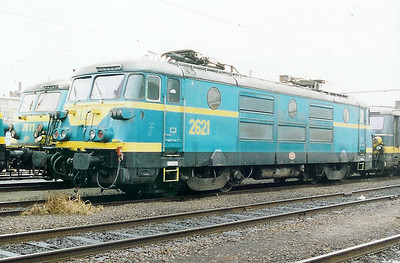 2621 at Antwerp Dam Depot on 18th February 2000
