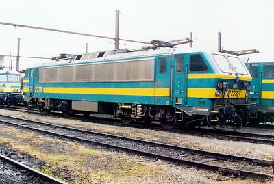 2728 at Kinkempois Depot on 24th May 2003