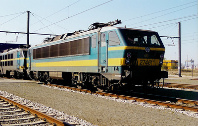 2746 at Antwerp Nord Depot on 6th April 2002