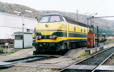 5502 at Kinkempois Depot on 31st October 1998