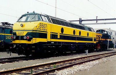 5507 at Antwerp Nord Depot on 24th May 2003