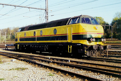 5511 at Schaarbeek Depot on 6th April 2002