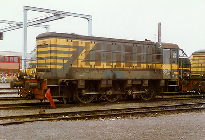 8427 at Ronet Depot on 28th September 1996