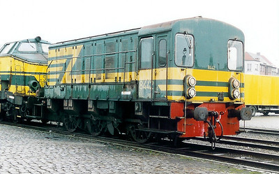 8442 at Antwerp Dam Depot on 18th February 2000