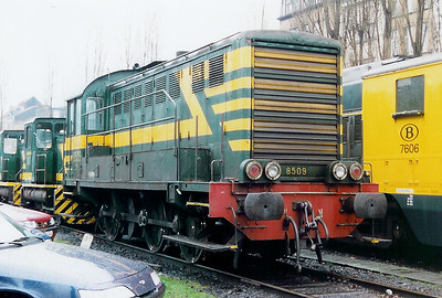 8509 at Antwerp Dam Depot on 18th February 2000
